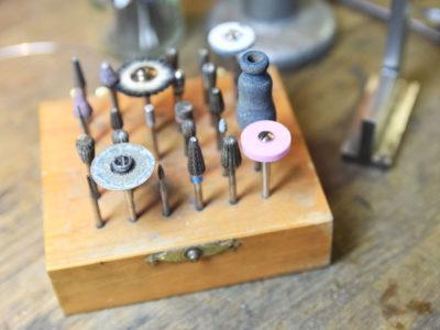 Goldschmiede-Werkzeug, Bohrer, Fräser und Polierrad