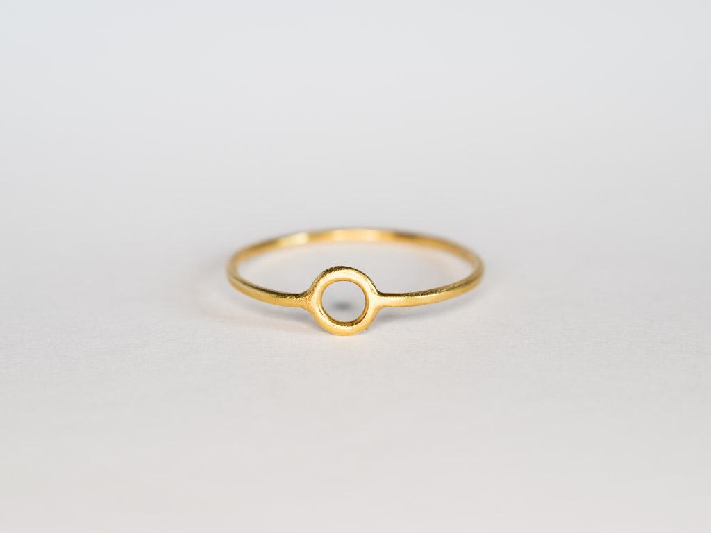 dünner-ring-kreis-gold-14k-handwerk-goldschmied-goldcircus-M